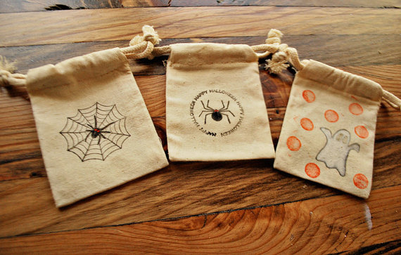 Easy Ideas for Halloween Treat Bags and Candy Bags (39)