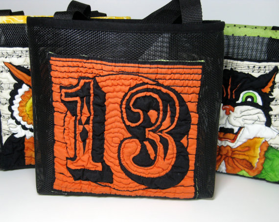Easy Ideas for Halloween Treat Bags and Candy Bags (58)