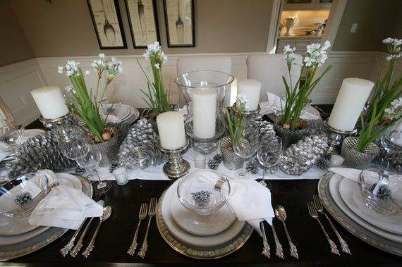 Elegant Table Centerpiece Ideas For Christmas 2017 35