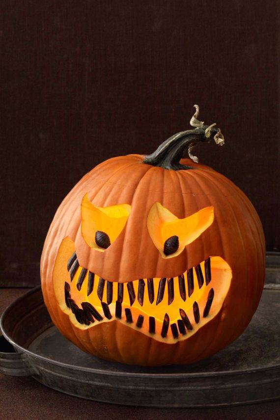 Halloween Pumpkin Decorations | 70 Cool Easy Pumpkin Carving Ideas For Wonderful Halloween Day