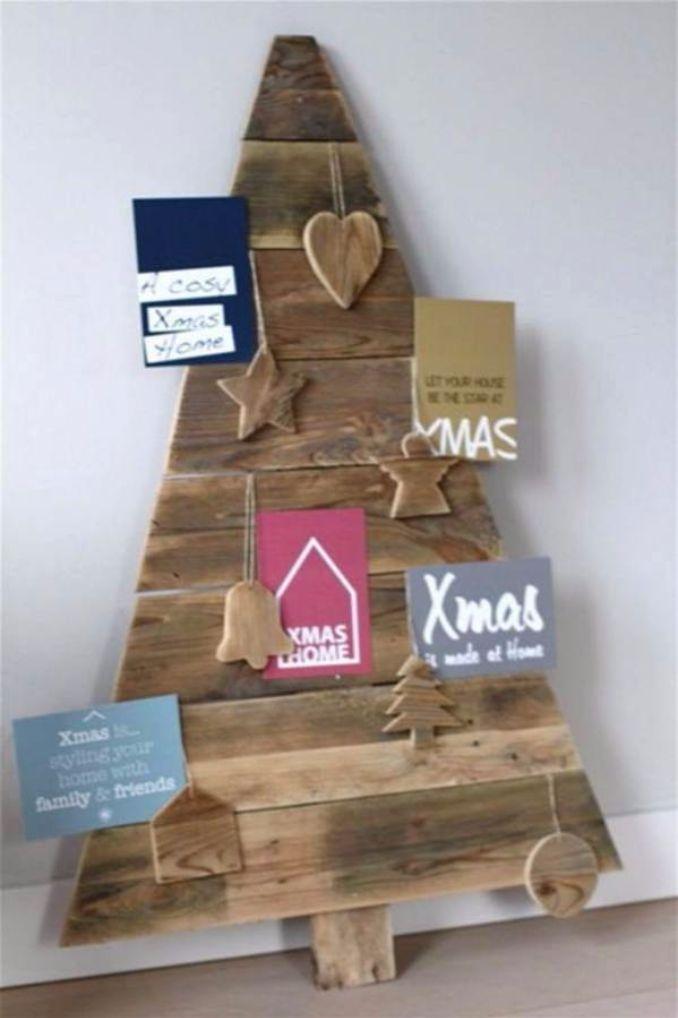 Wall-Christmas-Tree-Alternative-Christmas-Tree-Ideas_07
