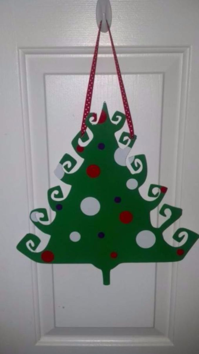 60 wall christmas tree alternative christmas tree ideas family