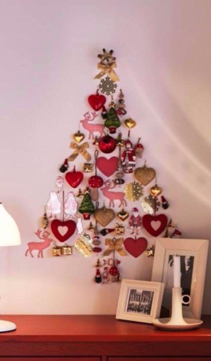 Wall-Christmas-Tree-Alternative-Christmas-Tree-Ideas_64