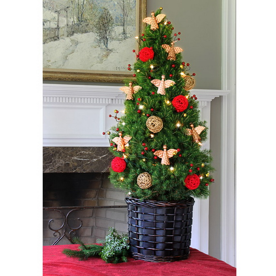 2013Tabletop Christmas Trees for the Holiday Season_05