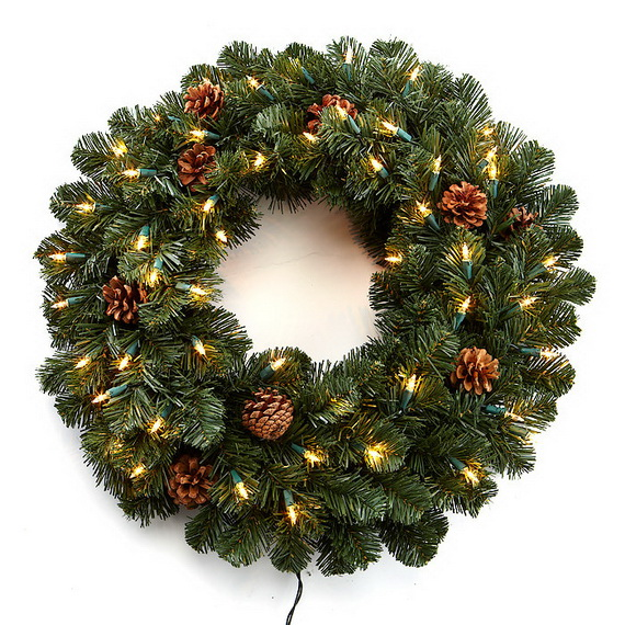50 Great Christmas Wreath Ideas To Keep The Traditions Alive_33