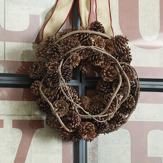 50 Great Christmas Wreath Ideas To Keep The Traditions Alive_37