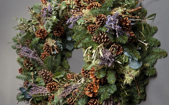 50 Great Christmas Wreath Ideas To Keep The Traditions Alive_65