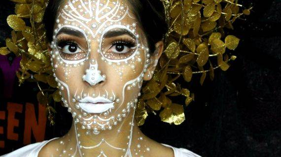 50 Halloween Best Calaveras Makeup Sugar Skull Ideas for Women (3)