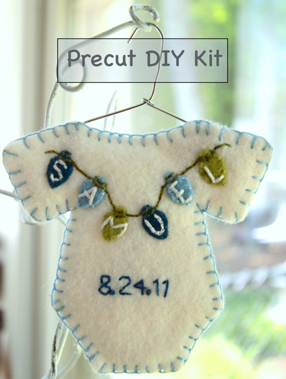Babys First Christmas Ornament Ideas _51