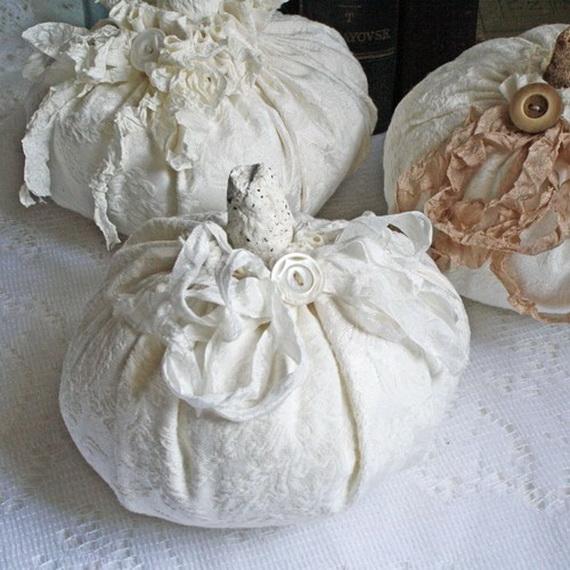 Elegant White Halloween Ideas_39