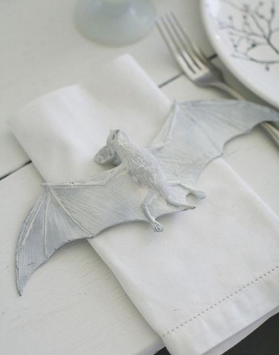 Elegant White Halloween Ideas_92