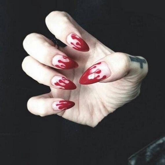 Gorgeous Ghastly Halloween Nail Art Designs (25)