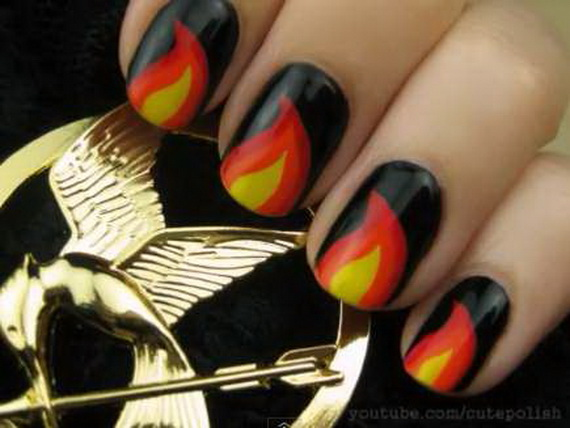 Gorgeous Ghastly Halloween Nail Art Designs (3)