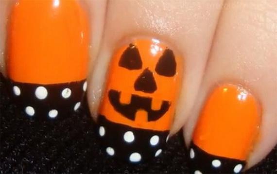 Gorgeous Ghastly Halloween Nail Art Designs (44)