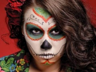 Halloween-Best-Calaveras-Makeup-Sugar-Skull-Ideas-for-Women (1)