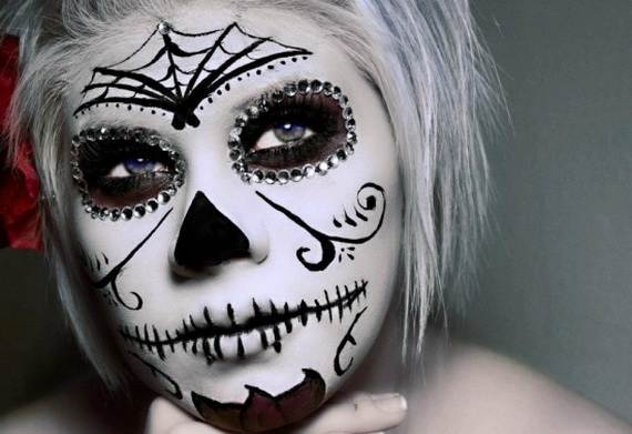 Halloween-Best-Calaveras-Makeup-Sugar-Skull-Ideas-for-Women (36)