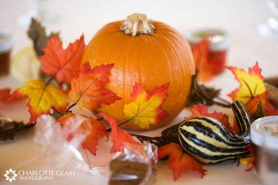 Halloween Wedding Centerpiece Ideas _55