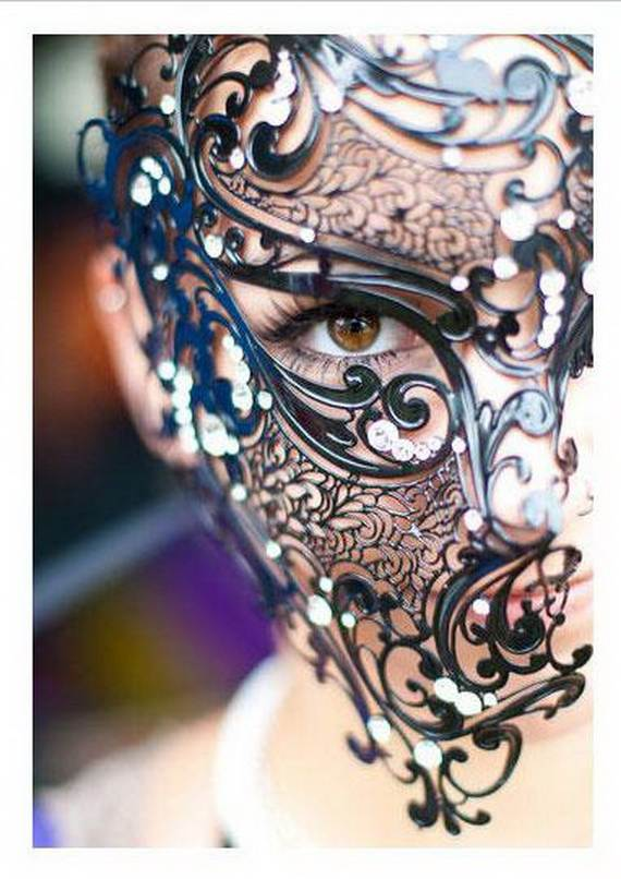 How-to-Make-a-Paper-Mache-Mask-With-a-Foil-Mold_19