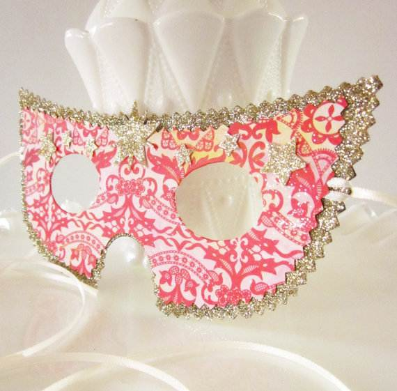 How-to-Make-a-Paper-Mache-Mask-With-a-Foil-Mold_42