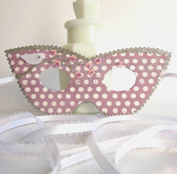 How-to-Make-a-Paper-Mache-Mask-With-a-Foil-Mold_60