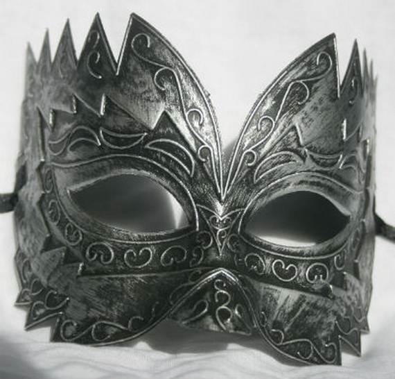 How-to-Make-a-Paper-Mache-Mask-With-a-Foil-Mold_62