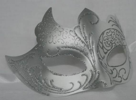 How-to-Make-a-Paper-Mache-Mask-With-a-Foil-Mold_65