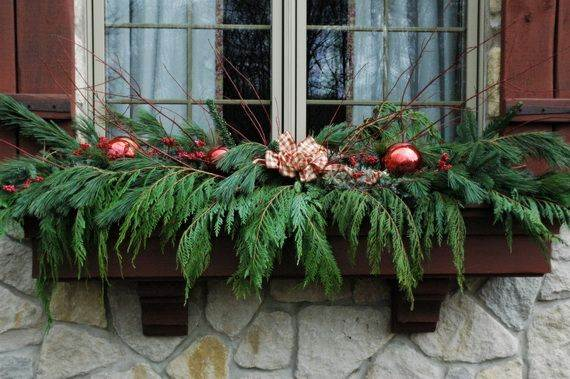 Outdoor-Christmas-Decorations-For-A-Holiday-Spirit-_541