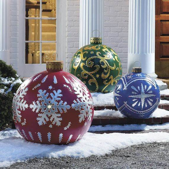 Outdoor-Christmas-Decorations-For-A-Holiday-Spirit-_551