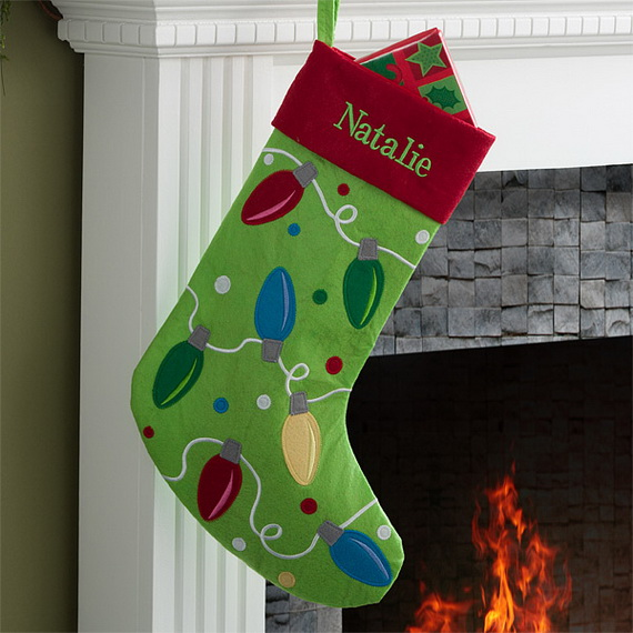 Splendid Christmas Stockings Ideas For Everyone_09