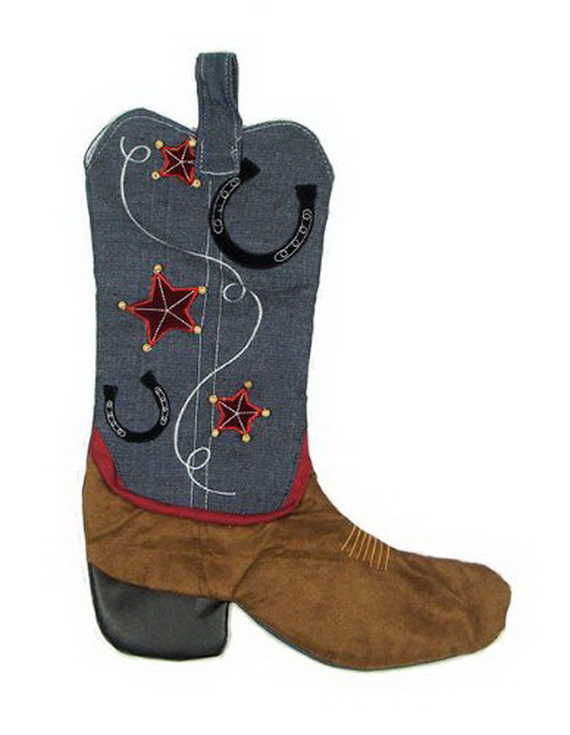 Splendid Christmas Stockings Ideas For Everyone_18