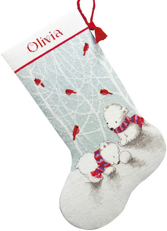 Splendid Christmas Stockings Ideas For Everyone_43