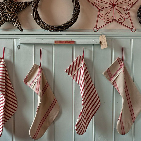 Splendid Christmas Stockings Ideas For Everyone_57