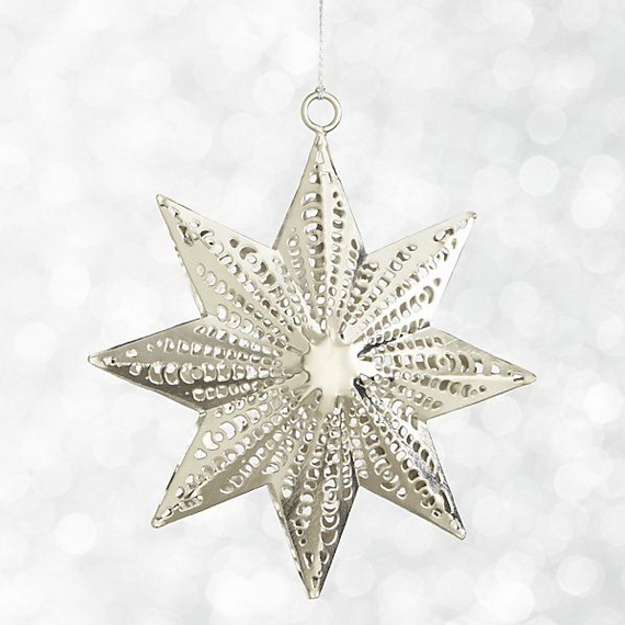 Splendid Ideas For Christmas Tree Decoration With Silver And Gold Ornaments_41