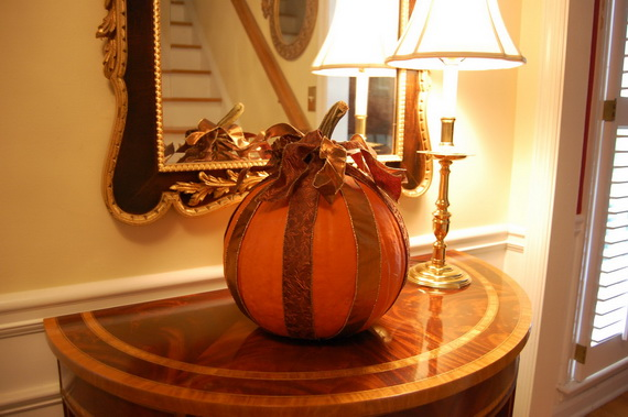 Thanksgiving And Christmas Holiday Decor Ideas_11