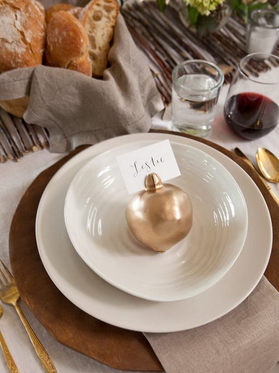 Thanksgiving home decor ideas – festive atmosphere in Gold And White (4)