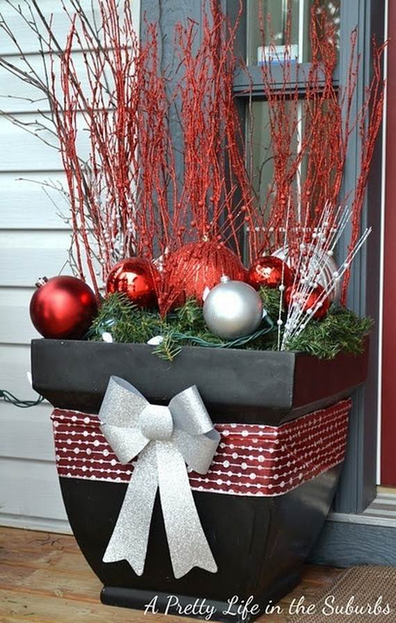 60 Trendy Outdoor Christmas Decorations_04