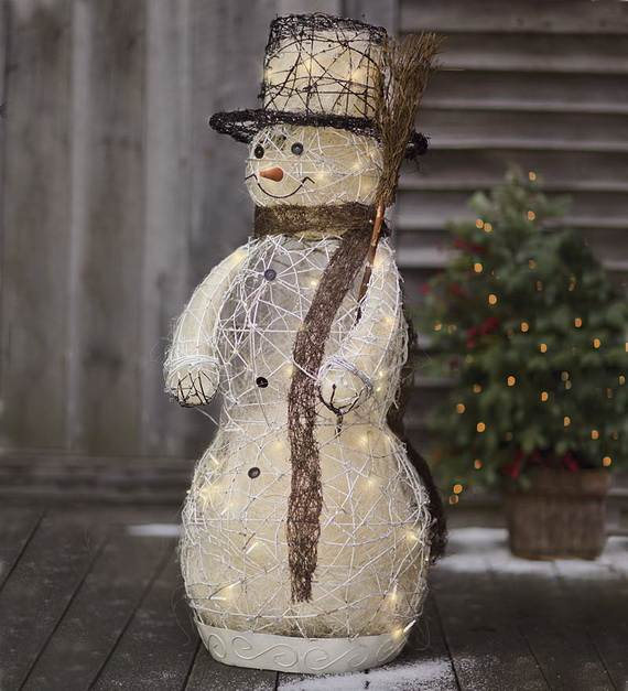 60 Trendy Outdoor Christmas Decorations_21