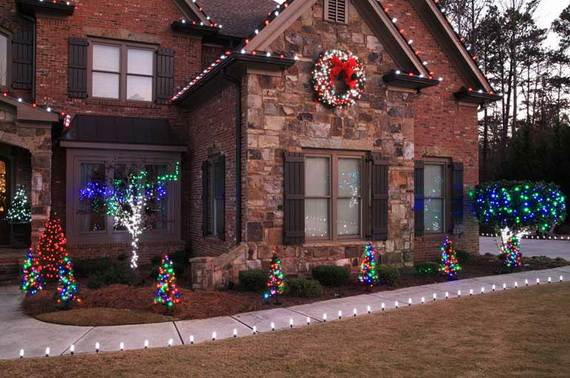 60 Trendy Outdoor Christmas Decorations_47