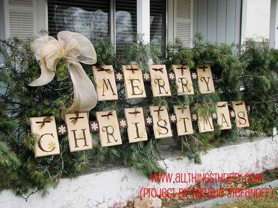 60 Trendy Outdoor Christmas Decorations_57