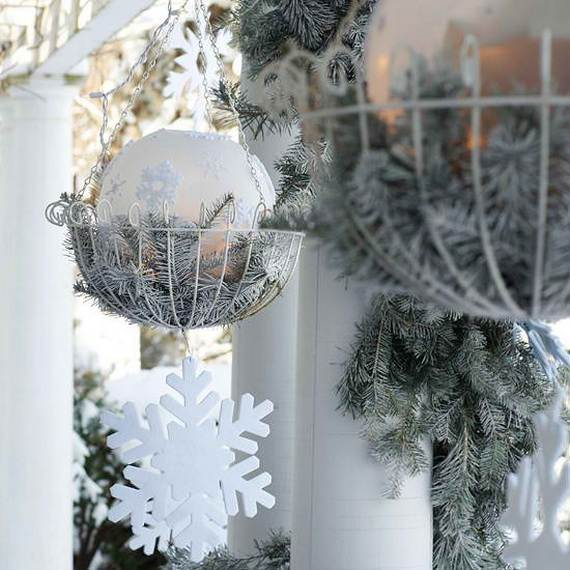 60 Trendy Outdoor Christmas Decorations_58