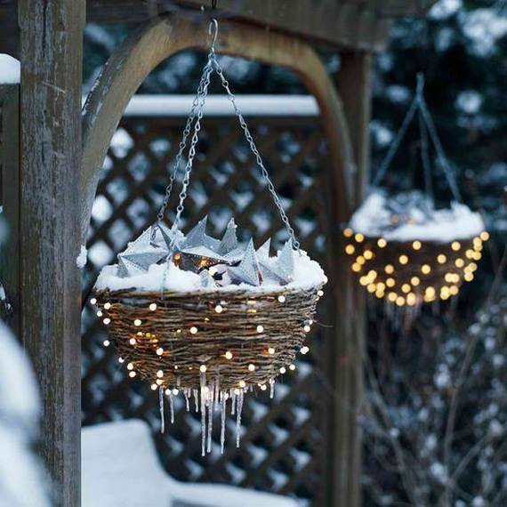 60 Trendy Outdoor Christmas Decorations_60