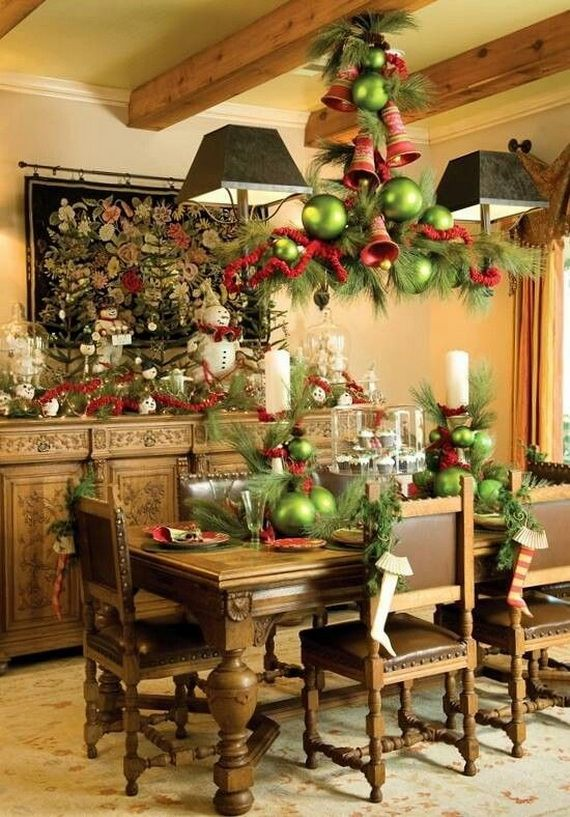 A Festive Christmas Table Decoration In Style_007