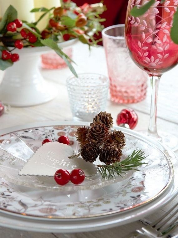 A Festive Christmas Table Decoration In Style_010