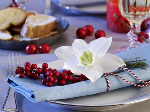 A Festive Christmas Table Decoration In Style_033