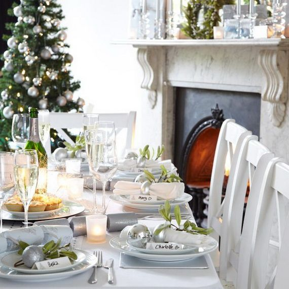 A Festive Christmas Table Decoration In Style_068