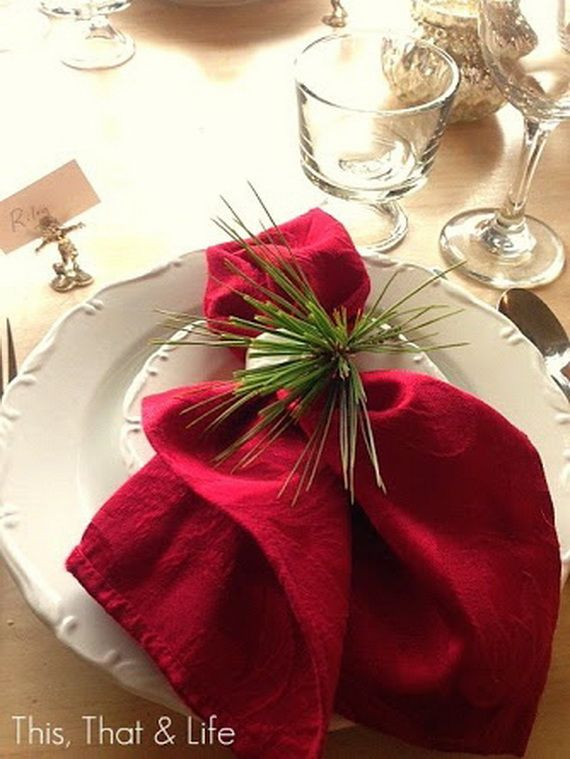 A Festive Christmas Table Decoration In Style_083