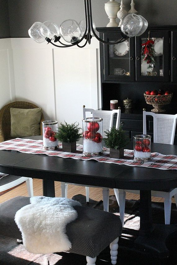 A Festive Christmas Table Decoration In Style_085