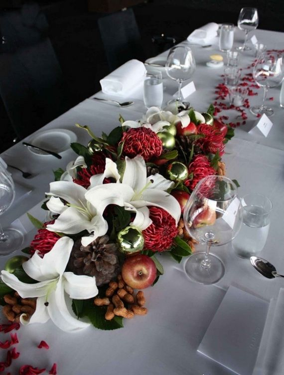 A Festive Christmas Table Decoration In Style_091