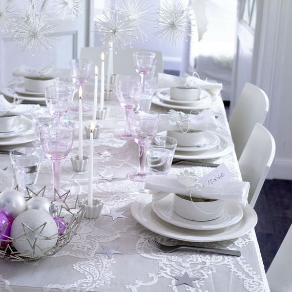 A Festive Christmas Table Decoration In Style_105