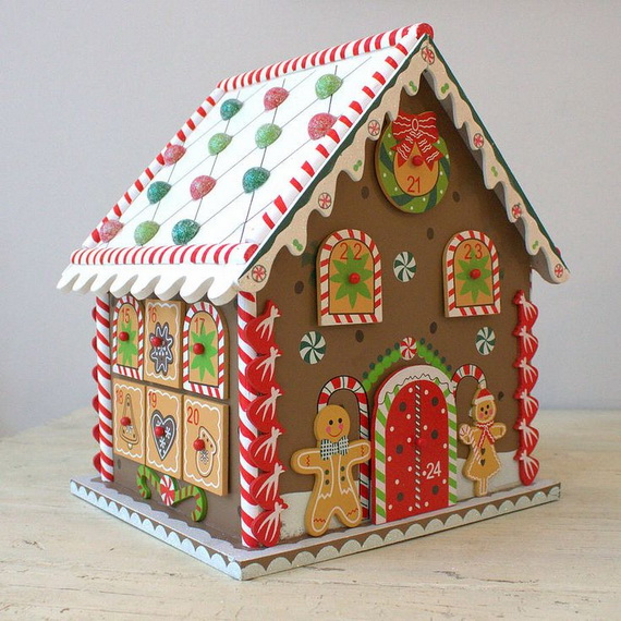 Amazing Traditional Christmas Gingerbread Houses_32